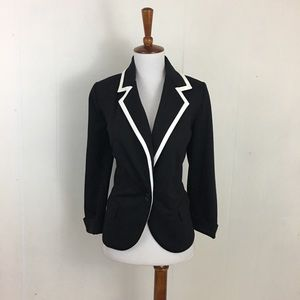 Catherine Malandrino Contrast Trims Blazer Jacket
